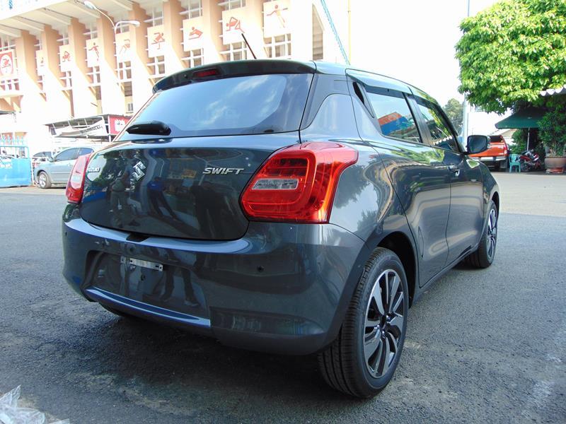 Suzuki Swift GLX màu xám
