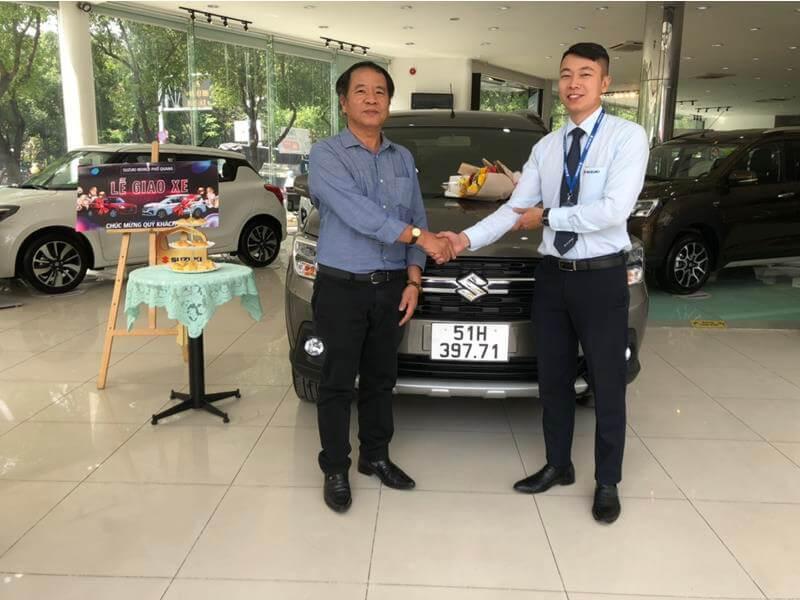 Suzuki Phổ Quang Giao Xe XL7